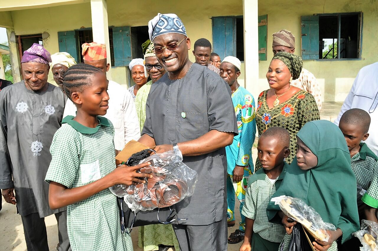 How D-One donated items to 6 schools in Ogun State to mark birthday