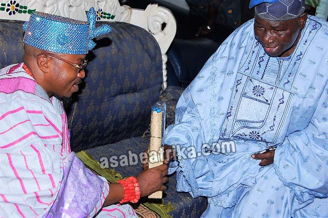 Iwo Chieftaincy row: Ogundokun-1, Oluwo-0 + How Osun Court restrained Oba Akanbi